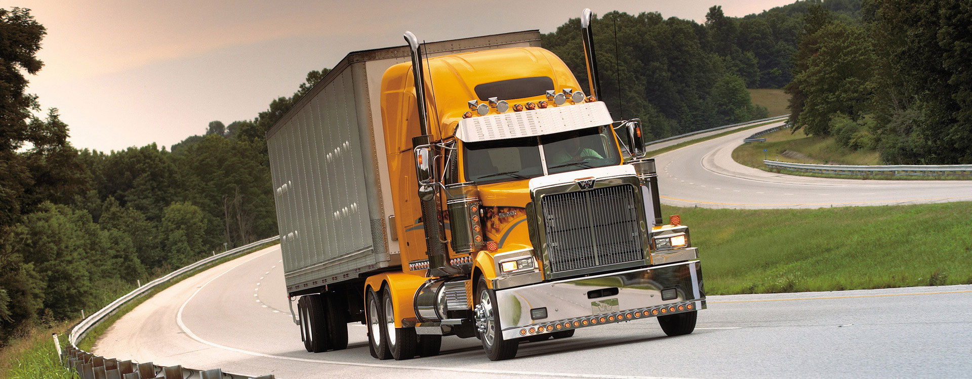 Status Trucks | Jobs