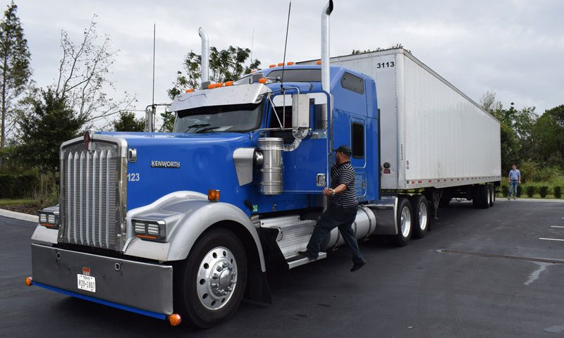 How does owner operator trucking work?