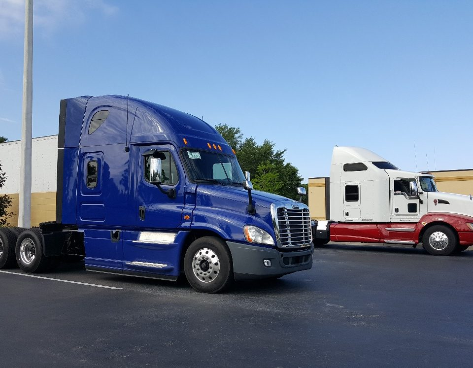 Trucks at Status Transportation Orlando